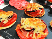 Tostas jamón, tomate brevas gratinadas mozzarella