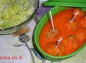 Albondigas pollo salsa piquillos