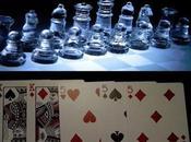 ¿Por buenos ajedrecistas juegan también bien poker?