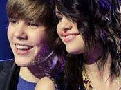 Justin Bieber Selena Gomez presentarán Billboard