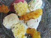 Surtido helados, piña caramelizada bizcocho esponja