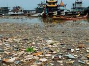 ¿Cuánto plástico transportan ríos contaminados mar?