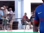 Archie Thompson, futbolista récord FIFA juega Regional