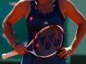 Roland Garros: Hantuchova también golpe ante Wozniacki
