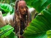 Burton podría dirigir 'Piratas Caribe
