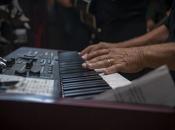 mejores pianos eléctricos ideales para principiantes