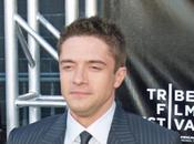 Topher Grace estará Gently down stream