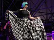 "falda ""transformer"" Lady Gaga Europride, Roma"