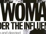 mujer bajo influencia