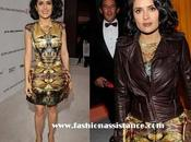 Errores estilismo: Salma Hayek añade cazadora vestido McQueen