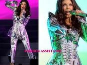"espectacular look ""ciborg"" Fergie concierto Times Square"