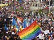 Fiesta orgullo gay: oportunidades para hablar