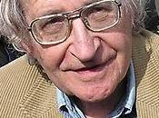 Noam Chomsky califica 'engañosa' versión Guardian sobre declaraciones