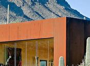 Casa minimalista desierto