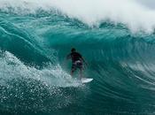 Surfing G-Land Gragajan, Java