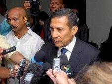 Retorna Humala Perú tras reunirse Fidel Raúl
