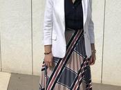 Outfit Falda Beige Plisada