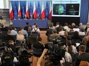 Dimite ministro Defensa polaco Smolensk