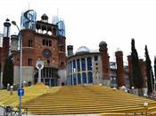 catedral construida material reciclado