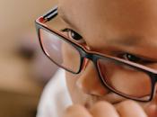Resultados años indican lentes retrasan miopía 67%.
