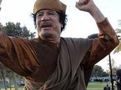 """Gadafi augura """"larga lucha"""""""