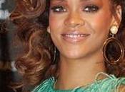 Rihanna enojada Jay-Z