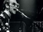 "Elton John prepara ""fantasía autobiográfica"""