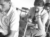 Estudiantes secundaria recibirán computadoras Canaima