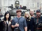 mercenarios vuelto, algunos amigos (Van Damme Norris)