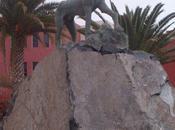 Monumento podenco canario