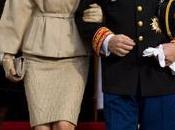 estilo Princesa Charlene actos Nacional Mónaco