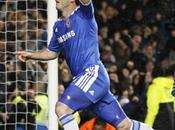 Chelsea pone invicto City