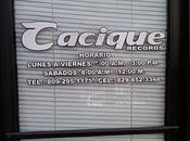 Raulín Rodríguez cierra oficina Santiago