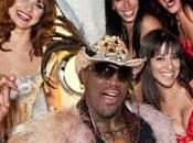 Dennis Rodman, entrenador liga Rick's Basketball Association