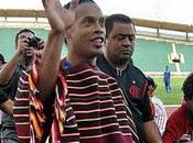 Ronaldinho llegó Bolivia