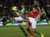 Atlético vence Real Sociedad triplete Falcao