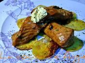Salmón marinado sobre torta patata