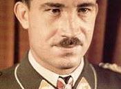 Führer concede Adolf Galland Brillantes para Cruz Caballero 28/01/1942.