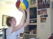 chica jugaba baloncesto coma
