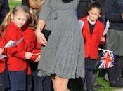 Kate Middleton continúa agenda Príncipe Guillermo. Analizamos look